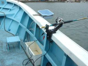 電動リール用配線、海水蛇口、竿受け